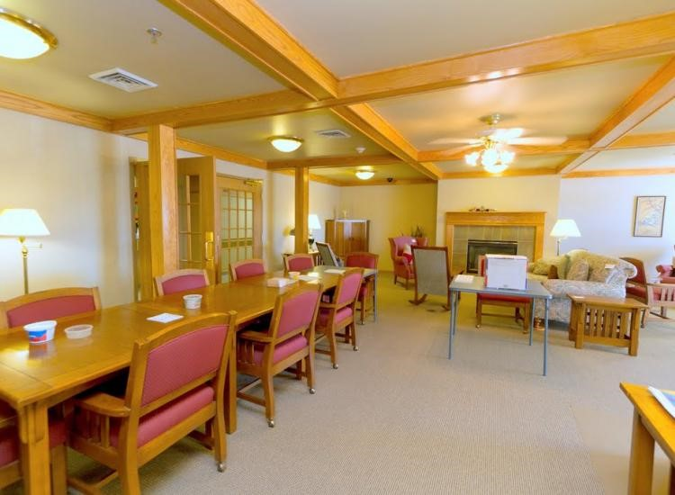 The best retirement homes in Burlington, WI offer these five amenities.