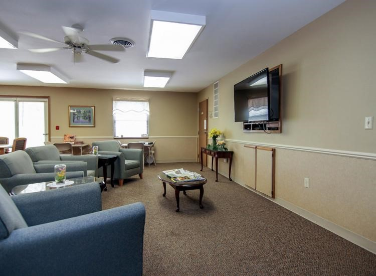 One feature to look for in retirement homes in Madison, Wisconsin is community spaces.