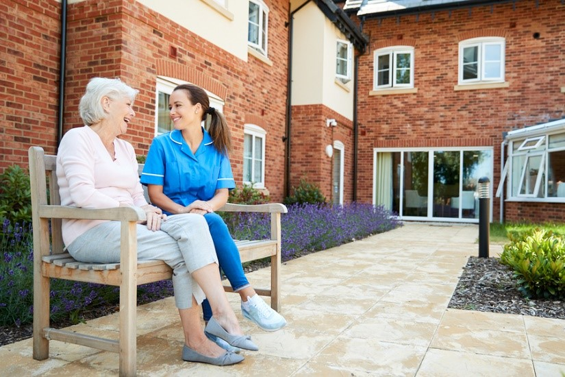 Choosing the best retirement community in Cedar Rapids is stress-free when you follow these four steps.