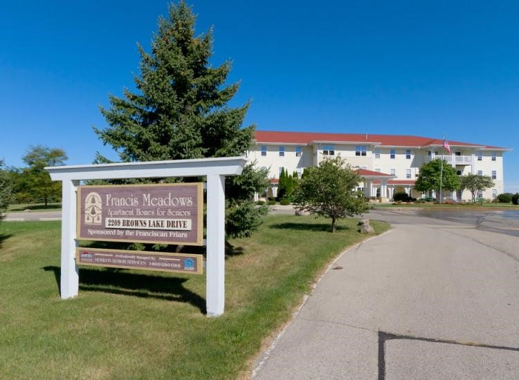 Finding the best retirement community in Burlington, WI for you depends on your priorities and preferences.